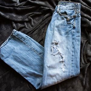 Distressed American Eagle Jeans 29/32